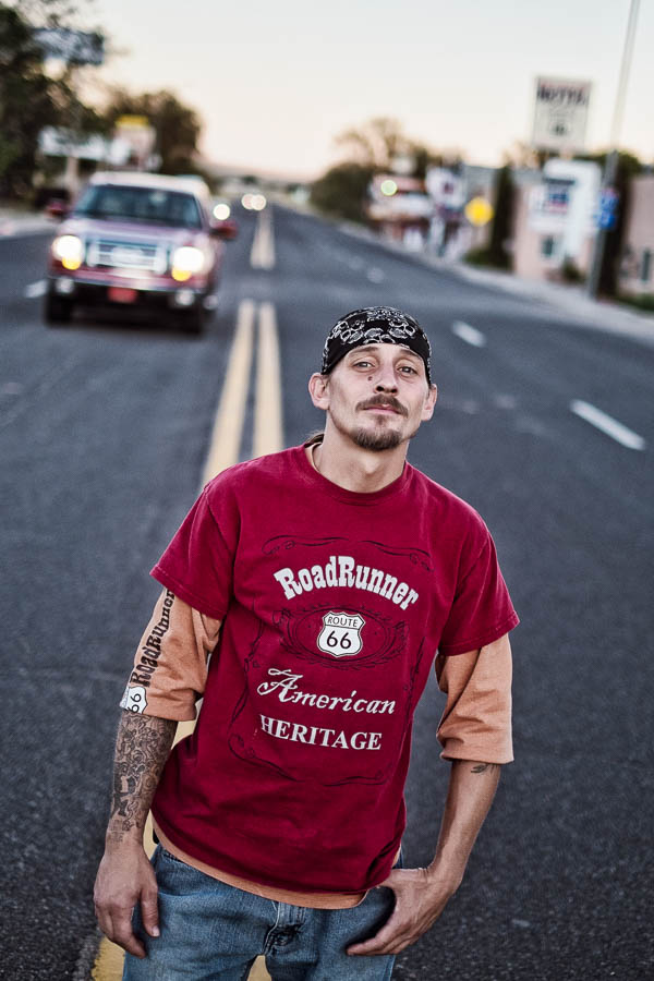 Larry, Roadrunner Cafe in Seligman, AZ - Motortrip door het zuidwesten van de USA met crossroads Motortours - © Fotografie: Martin Hogeboom